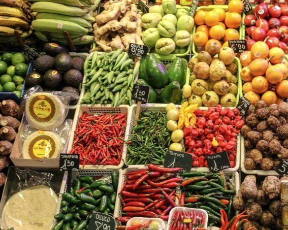 Co można jeść, karmiąc piersią – co powinna jeść matka karmiąca