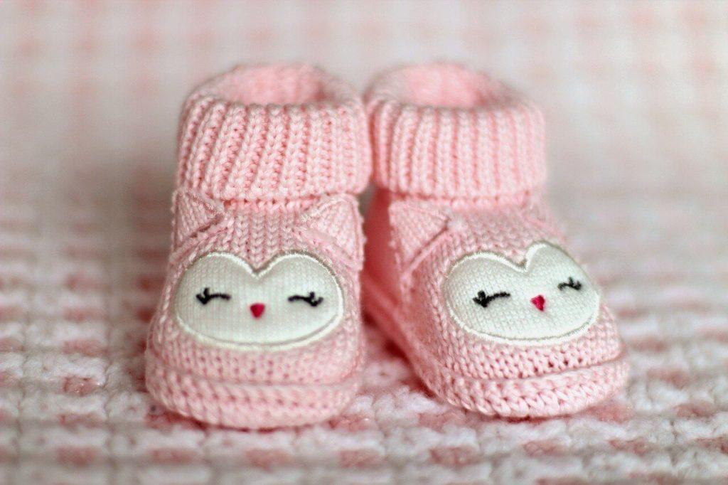 6 tydzień ciąży buciki dla dziecka