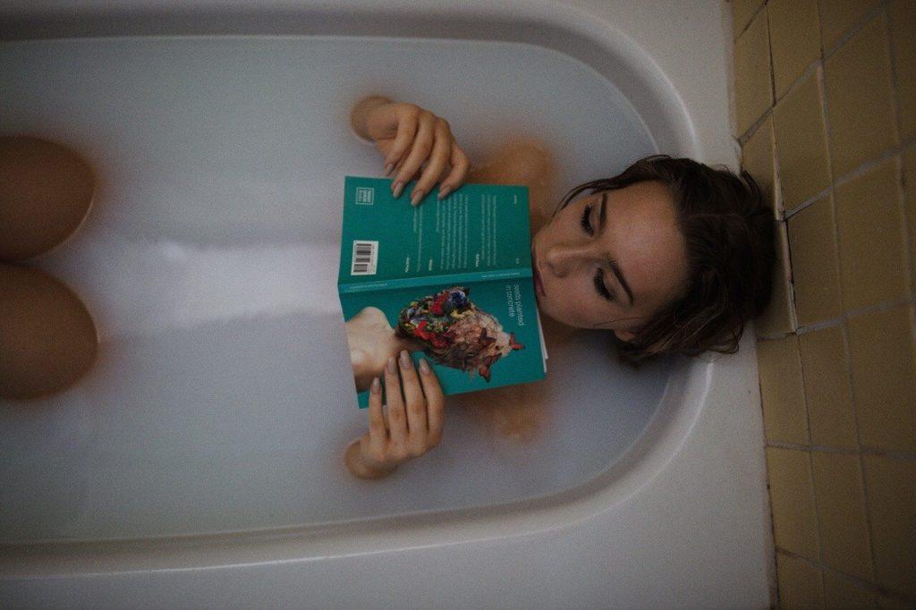 sposoby na przyspieszenie okresu gorąca kąpiel