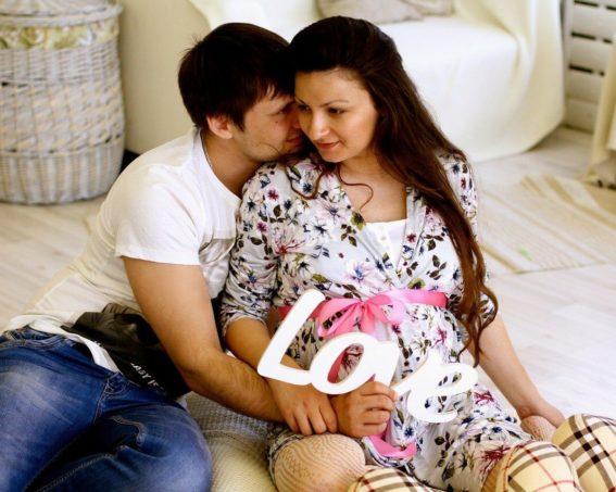 30 tydzień ciąży – przebieg, zmiany w organizmie matki i dziecka