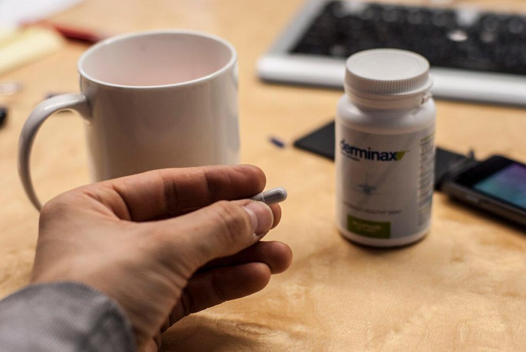 Derminax - mocne tabletki na trądzik bez recepty