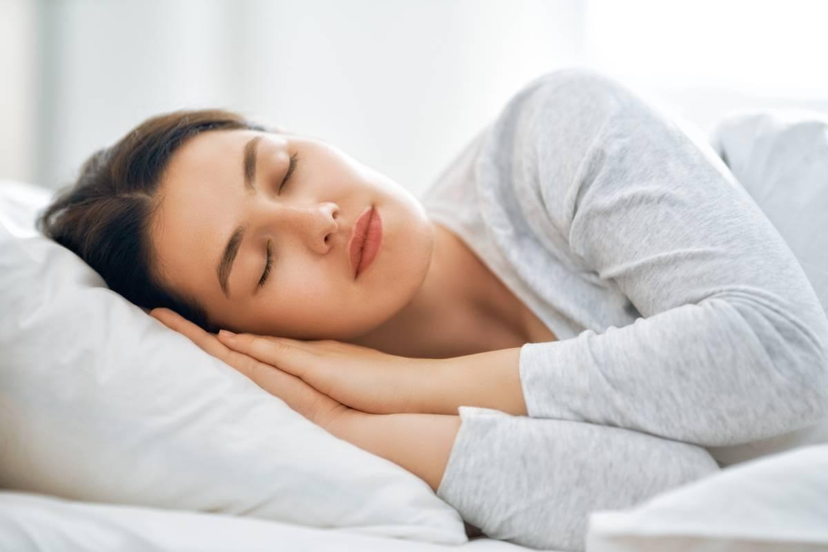 Dieta, ruch, higiena snu. Jak walczyć z bezsennością?